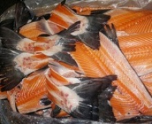 frozen salmon backbones | frames - product's photo